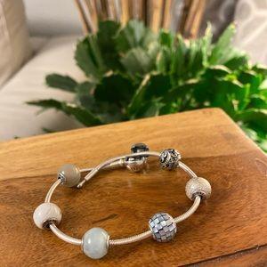 Pandora essence with essence beads